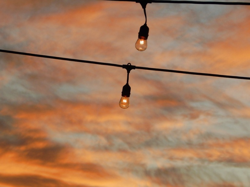 cielo con bombillas