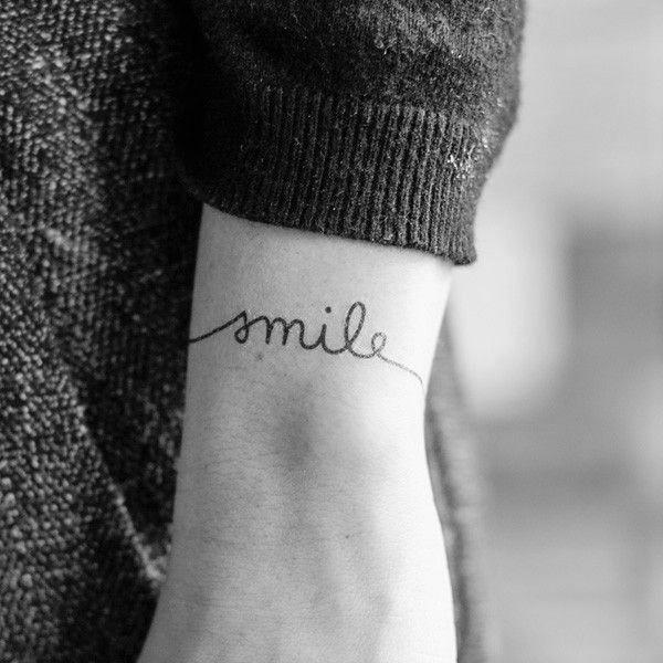 tatuaje de smile bn